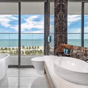 Phối cảnh phòng tắm view biển Soleil Ánh Dương Đà Nẵng